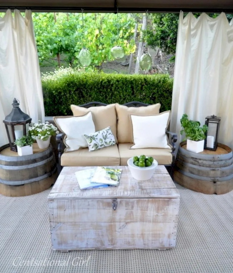 Simple patio decor ideas on a budget (35)