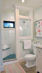 Small bathroom ideas on a budget (2)