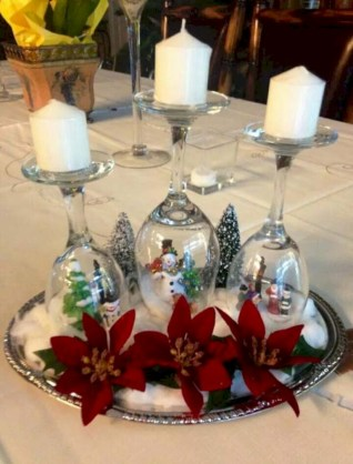 Stunning christmas table decorations ideas 27
