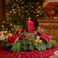 51 Stunning Christmas Table Decorations Ideas - Round Decor
