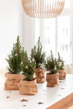 Stunning christmas table decorations ideas 44