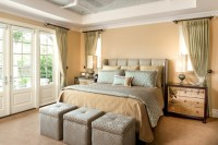 Stylish bedrooms with floor to ceiling windows 07