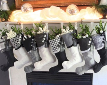 Stylish christmas décoration ideas with stylish black and white 05