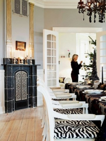 Stylish christmas décoration ideas with stylish black and white 08