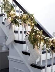 Stylish christmas décoration ideas with stylish black and white 32