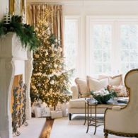Stylish christmas decoration ideas using sleigh 15 15