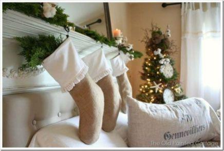 Stylish christmas decoration ideas using sleigh 46 46