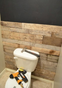 Unique diy bathroom ideas using wood (27)