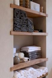 Unique diy bathroom ideas using wood (29)