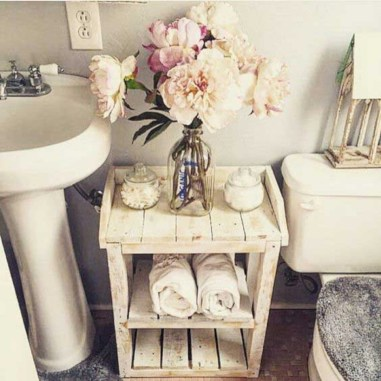Unique diy bathroom ideas using wood (48)