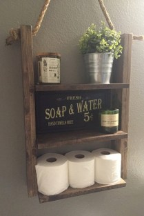 Unique diy bathroom ideas using wood (7)