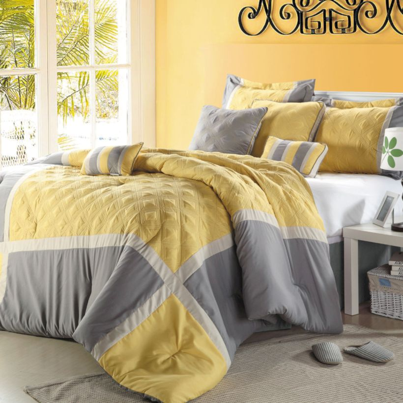 Visually pleasant yellow and grey bedroom designs ideas 12