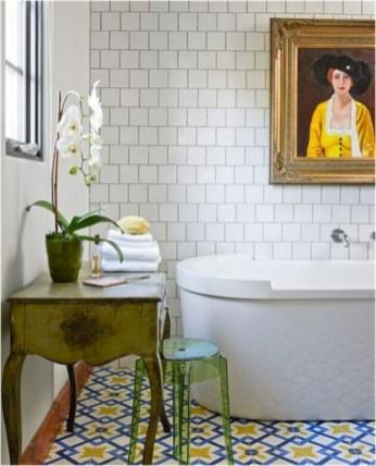 Yellow tile bathroom paint colors ideas (26)