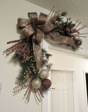 Affordable christmas wreaths decoration ideas you should try 29
