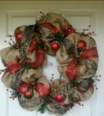 Affordable christmas wreaths decoration ideas you should try 30