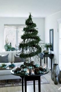 Beautiful scandinavian christmas tree decoration ideas 07