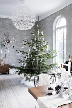 Beautiful scandinavian christmas tree decoration ideas 32