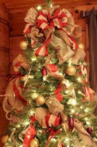 Brilliant ideas christmas tree decoration ideas with ribbon 12