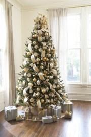 Brilliant ideas christmas tree decoration ideas with ribbon 17