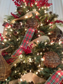 Brilliant ideas christmas tree decoration ideas with ribbon 33