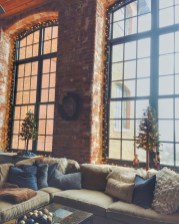 Cozy christmas decoration ideas for your apartment 12