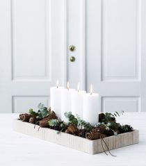 Creative diy christmas table centerpieces ideas 24
