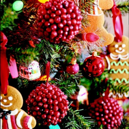 Easy christmas fruit tree centerpieces ideas 34