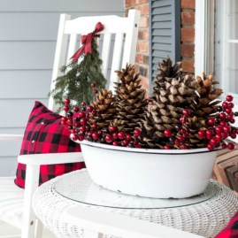 Easy outdoor christmas decorations ideas on a budget 09