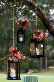 Easy outdoor christmas decorations ideas on a budget 13