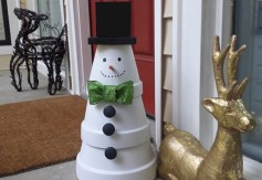 Easy outdoor christmas decorations ideas on a budget 21