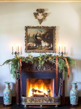 Elegant white fireplace christmas decoration ideas 33