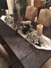 Inspiring farmhouse christmas table centerpieces ideas 02