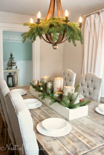 Minimalist christmas coffee table centerpiece ideas 13