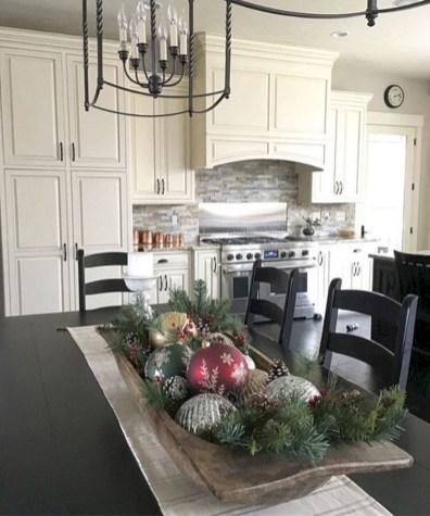 Minimalist christmas coffee table centerpiece ideas 26