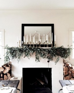 Modern farmhouse fireplace christmas decoration ideas 24