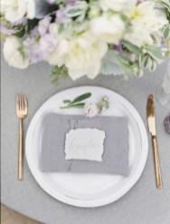 Romantic winter vintage wedding decoration ideas (30)