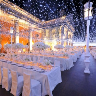 Spectacular Winter Wonderland Wedding Decoration Ideas 18