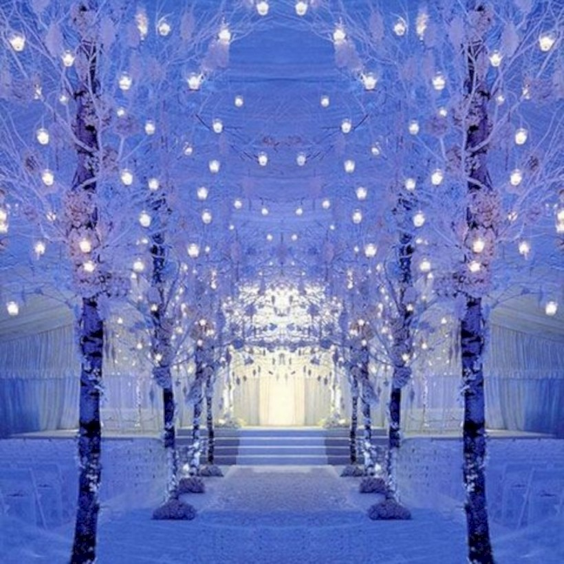 Spectacular Winter Wonderland Wedding Decoration Ideas 24 Round