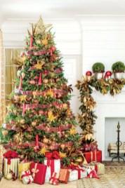 Stunning gold christmas tree decoration ideas 09