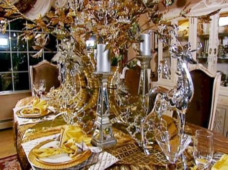 Stylish christmas centerpieces ideas with ornaments 13