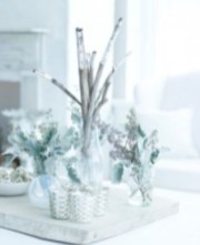 Stylish silver and white christmas table centerpieces ideas 22