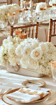 Totally adorable white christmas floral centerpieces ideas 05