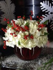 Totally adorable white christmas floral centerpieces ideas 10