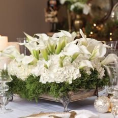 Totally adorable white christmas floral centerpieces ideas 11