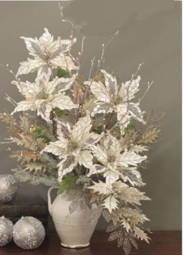Totally adorable white christmas floral centerpieces ideas 12