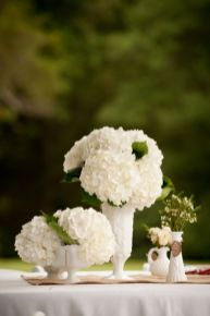 Totally adorable white christmas floral centerpieces ideas 20