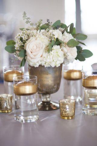 Totally adorable white christmas floral centerpieces ideas 25