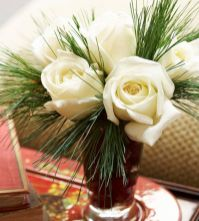 Totally adorable white christmas floral centerpieces ideas 27