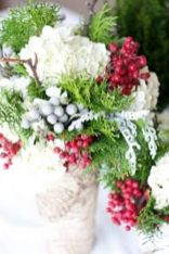 Totally adorable white christmas floral centerpieces ideas 35