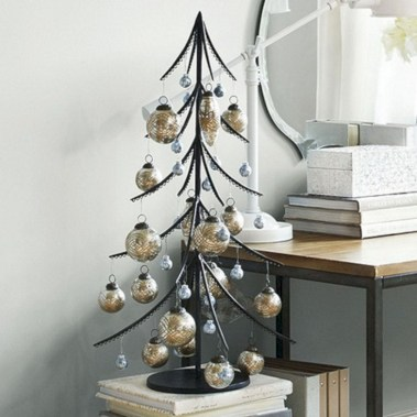 Totally inspiring small christmas tree decoration ideas for space saving 28